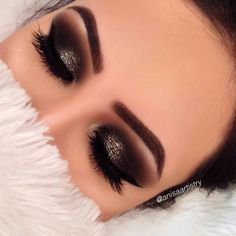 Add glitter in gold or white to smokey eyes will add more dimension and life