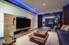 次臥室的隔間玻璃可透過導電薄膜調整透明度,同時滿足視覺穿透與隱私需求。
