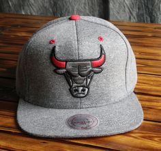 Chicago Bulls Mitchell & Ness Broad Street 2.0 Snapback Hat