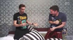 I need to watch this any time i am having a bad day. MTV AFTER HOURS Josh Horowitz and Tom Hiddleston's slumber party