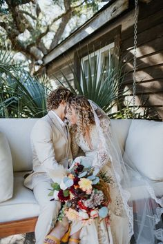 Couple wedding portrait at boho South Carolina wedding | Image by Billie Jo and Jeremy Photography Wedding Advice, Wedding Couples, Wedding Things, Wedding Blog, Wedding Images, Wedding Styles, Bohemian Wedding Inspiration, Boho Wedding Decorations, Event Lighting
