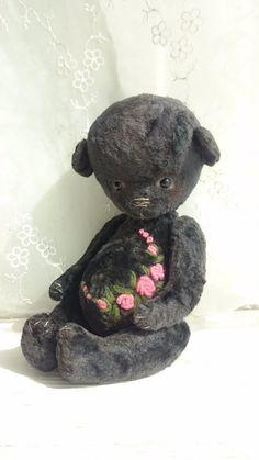 Любимый плюшевый чёрный Медвежонок по имени Уголёк! / Авторские игрушки / Шопик. Продать купить куклу / Бэйбики. Куклы фото. Одежда для кукол