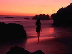 yalnız kadın - Google'da Ara Lighting Design, Monument Valley, Celestial, Sunset, Beach, Water, Travel, Outdoor, Image