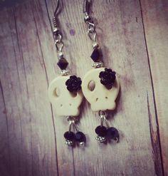 Mini Skulls & Roses Earrings - $ 12  www.facebook.com/skullsandstones