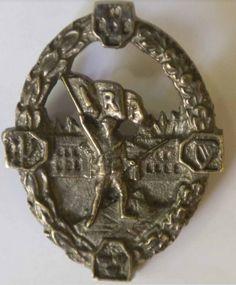 1916-19 IRA Prisoners fund badge Army Badges, Old Irish, Button Badge, Revolutionaries, Ancestry, Genealogy, Colonial, Ireland, Police