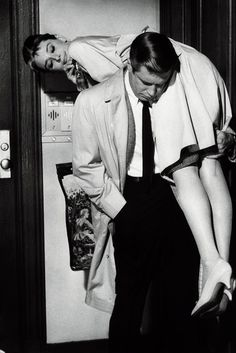 Audrey Hepburn and George Peppard - Breakfast at Tiffany's, 1961. ☀