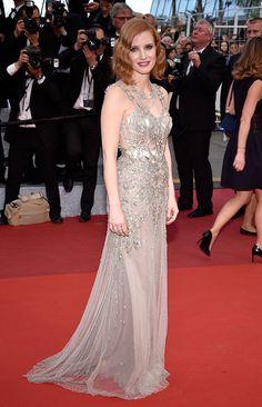 Jessica Chastain veste Alexander McQueen no festival de Cannes