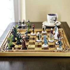 Disney  Alice Through the Looking Glass Limited Edition Chess Set 1 of 500  New in Box * Want to know more, click on the image.