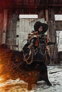 Inquisitor Ordo Hereticus - Warhammer 40k cosplay by alberti.deviantart.com on @deviantART