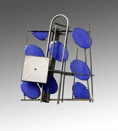 Galerie Noel Guyomarch – Ramon Puig Cuyàs – N°1520 - Ramon Puig Cuyas Broche, N°1520, Collection Subtle Architectures , 2014 Maillechort, émail, albâtre 7.6 x 9.1 x 2.5 cm
