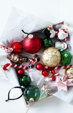 Are you looking for inspiration for christmas wreaths?Browse around this website for unique Christmas inspiration.May the season bring you serenity. Present Christmas, Christmas Mood, Merry Little Christmas, Noel Christmas, All Things Christmas, Christmas Wreaths, Christmas Bulbs, Christmas Decorations, Christmas Quotes