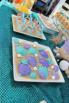 Chocolate shells at a Mermaid Party Ocean party? Little Mermaid Birthday, Little Mermaid Parties, Mermaid Party Games, 4th Birthday Parties, 3rd Birthday, Birthday Ideas, Under The Sea Party, Candy Party, Chocolate Shells