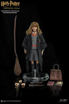 onesixthscalepictures: Star Ace Toys Harry Potter HERMIONE GRANGER : Latest product news for scale figures inch collectibles). Harry Potter Hermione Granger, Harry Potter Toys, Harry Potter Bedroom, Harry Potter Merchandise, Harry Potter Drawings, Harry James Potter, Harry Potter Cast, Harry Potter Hogwarts, Hermione Granger Costume