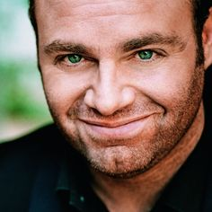 Gorgeous Maltese Tenor Joseph Calleja     #tenor #singing #opera #aria    © DECCA / Mathias Bothor