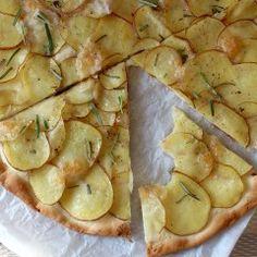 Kokosmakronen - zelf maken - koekjes - Beginspiration Toffee Cheesecake, Mozzerella, Flatbread Pizza, Gnocchi, Pretzel, Vegetable Pizza, Camembert Cheese, A Food, Zucchini