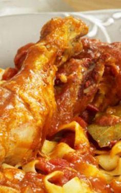 Κόκορας με ποντιακούς σπιτικούς γιουφκάδες Macaroni And Cheese, Meat, Chicken, Ethnic Recipes, Food, Mac And Cheese, Essen, Meals, Yemek