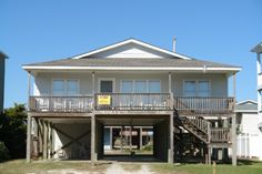 Holden Beach, NC - Ausley II 246 a 4 Bedroom Boulevard / Second Row Rental House in Holden Beach, part of the Brunswick Beaches of North Carolina.. Non-Smoking.
