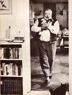 Ernest Hemingway com #gatoliteraria