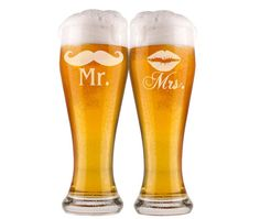 2 Etched Wedding Glasses, Mr and Mrs Pilsner Beer Glasses, His and Hers Gift, Mustache and Lips Couples Gift, Bridal Shower Beer Glasses
