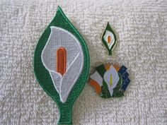 Easter Lily {3pc Set} Patch & Badges Irelands Tri Color/ Sunburst & Starry Flag