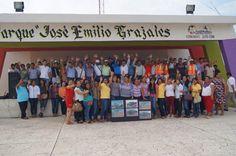 """Dan banderazo de construcción de obras en el parque """"Jose Emilio Grajales"""" por 3 mdp http://noticiasdechiapas.com.mx/nota.php?id=85845 …"""