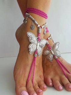Can wear with flip flops Butterfly barefoot sandals Hippie sandals Black Boho by FiArt Ankle Jewelry, Ankle Bracelets, Body Jewelry, Feet Jewelry, Pink Lila, Crochet Barefoot Sandals, Bijoux Diy, Bare Foot Sandals, Mode Outfits