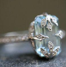 "Platin / Diamant / Aquamarin Ring bei TWISTonline - ""Cathy Watermans Love of My Life-Kollektion repräsentiert die pure Magie, die ihr Schmuck ausmacht - Bling Bling, Aquamarin Ring, Jewelry Rings, Jewelry Accessories, Jewlery, Jewellery Box, Jewellery Shops, Cheap Jewelry, Jewelry Stores"