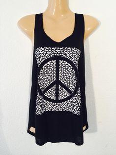 Camiseta+buho+simbolo+de+la+paz+de+PIKMODE+por+DaWanda.com