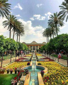 Palaces, Places Around The World, Around The Worlds, Persian Palace, Shiraz Iran, Iran Tourism, Iran Pictures, Visit Iran, Persian Architecture
