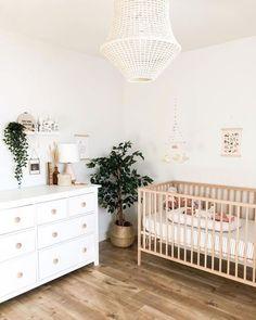 27 Gender Neutral Nursery Ideas - Lattes, Lilacs, & Lullabies Baby Nursery Decor, Baby Decor, Ikea Crib, Ikea Baby Nursery, Simple Baby Nursery, Nursery Room Ideas, Calming Nursery, Boho Nursery, Ikea Sniglar Crib