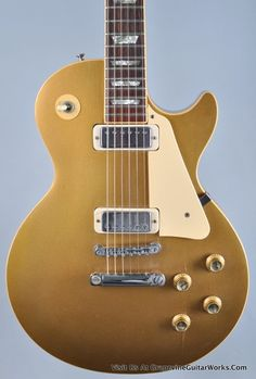 Gibson USA 1976 Les Paul Deluxe Goldtop Electric Guitar