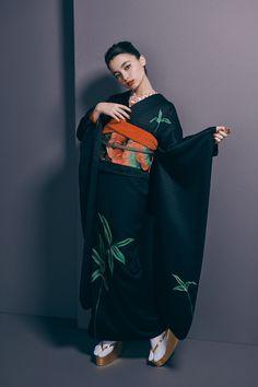 Traditional Fashion, Traditional Dresses, Yukata, Character Design, Kimono Top, Sari, Japanese, Poses, Superhero