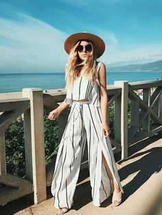 Low Cost Insurance Plan For The Welfare Of Your Loved Ones Pin: Lucysproulee Boho Fashion, Street Fashion, Fashion Beauty, Fashion Outfits, Summer Outfits, Cute Outfits, Striped Outfits, Beach Outfits, Look 2017