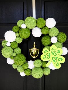 Dress Up Your Front Door for St. Paddy's Day - Yarn Wreath  #CRE8TIME