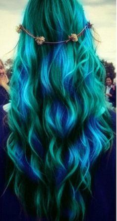 Bluey green waves