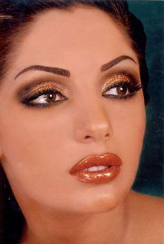 Makeup for bellydance