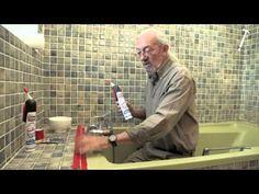Pose de carrelage en verre dans une salle de bains - Bricolage avec Robert - YouTube