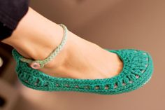 Crochet Slipper Pattern  Molly Summer Slippers  Child by Mamachee, $5.50