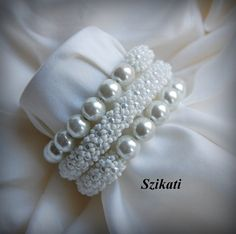 White Pearl/Seed Bead Memory Wire Bracelet Bridal by Szikati