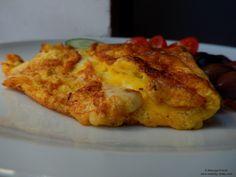 Mozzarella and sage omelet. Omelet, Salvia, Mozzarella, French Toast, Tasty, Breakfast, Sage, Recipes, Food