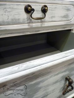 Dressing Table. Drawer Detail. @anniesloanhome two colour layering showing Old White heavily distressed over Paris Grey #chalkpaint   by Pomponette