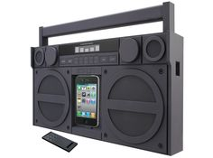 iP4 Speaker Boombox per iPhone e iPod con radio FM @138.98€