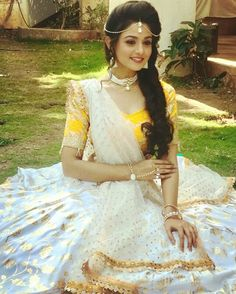Tanvi dogra D Star Fashion, Indian Fashion, Teen Celebrities, Indian Princess, Senior Girl Poses, Bollywood Actress Hot, Bride Look, Celebrity Hairstyles, Sweet Girls
