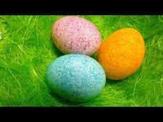A Fun, New Way To Dye Your Eggs For Easter! All you need is rice, food coloring, eggs, and container with lid Easter Egg Dye, Coloring Easter Eggs, Hoppy Easter, Spring Crafts, Holiday Crafts, Holiday Fun, Diy Ostern, Origami, Easter Celebration