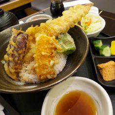 中輿志的炸穴子丼蠻清淡。Fried #Tempura set #Taiwan #food