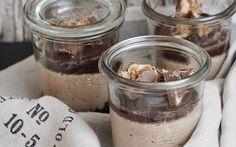 Cheesecake im Glas ist super praktisch und schnell gemacht. Wie wär's denn mal in der Oreo-Erdnussbutter Variante?