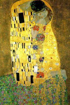 The Kiss: 1907-1908 by Gustav Klimt (Osterreichische Galerie Belvedere - Vienna) - Art Nouveau