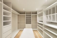 Com dream closet closet designs, walk in robe designs, mas Closet Remodel, Home, Bedroom Closet Design, Bedroom Design, Closet Designs, Build A Closet, Ikea Built In, Closet Layout