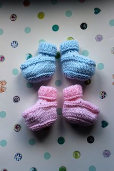 Blue and Pink Bootees available on Etsy. Copyright Emily Spenceley, Emravel 2017 https://www.etsy.com/uk/listing/496489890/hand-knitted-baby-bootees-3-6-months?ref=listing-shop-header-2