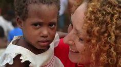 """Hoje estava a dar uma volta pelo meu canal do youtube e """"tropecei"""" neste vídeo da Missão Guiné do ano passado (2014)... trouxe-me memórias tão boas, que resolvi partilhá-lo com vocês. Só posso acrescentar que tenho um imenso orgulho em fazer parte deste movimento! Se quiserem saber mais sobre este assunto, como fazer parte, ou como ajudar, visitem o meu site e procurem a CATEGORIA SOLIDARIEDADE: http://www.isaguedes.com"""